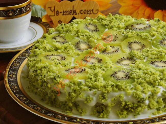 Ispanaklı Kivili Pasta